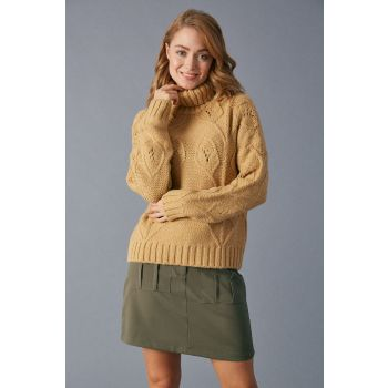 Robin Turtleneck Sweater Chickpea