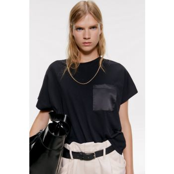 T-SHIRT WITH SATIN-EFFECT POCKET