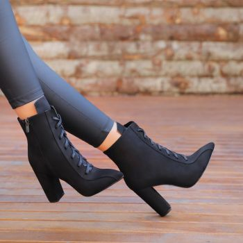 Alafisa Suede Black Thick Heels Pointed Toe Boots