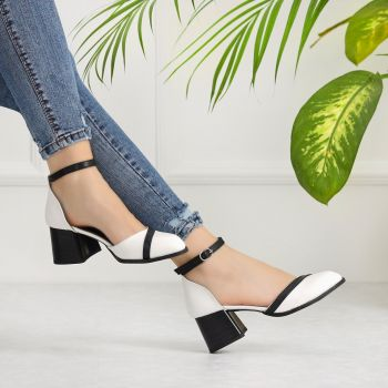 Tornero Black White Short Heeled Flats