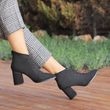 Yuzuno Suede Black Thick Heel Pointed Toe Boots