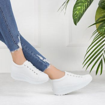 Varnamo White Thick Sole Sports Shoes