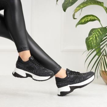 Pavi Thick Soled Black Sport Shoes