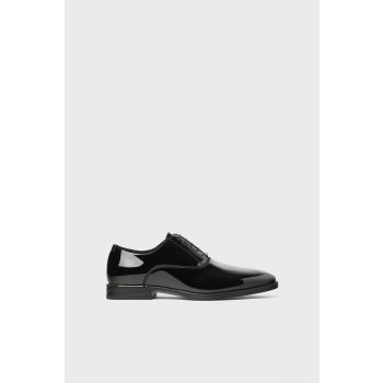BLACK FAUX PATENT LEATHER SMART SHOES