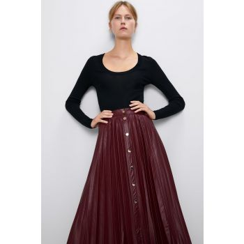 PLEATED BUTTONED SKIRT