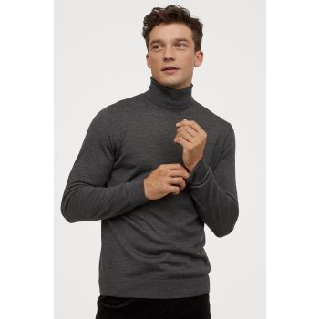 Woolen Turtleneck Sweater