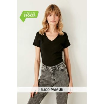Black V Neck Cotton Fitted Knitted T-shirt TWOSS19BO0061