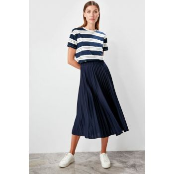 Navy Blue Pleated Knitted Skirt TWOAW20ET0135
