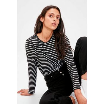 Black Striped Knitted T-shirt TWOAW20TS0097