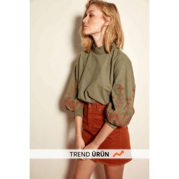 Khaki Embroidery Detailed Blouse TCLAW19EH0089