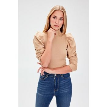 Camel Sleeves Ruffle Detail Turtleneck Knitted Blouse TWOAW20BZ0274