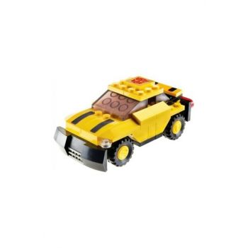 Kre-o Bumblebee Transformers Licensed to Lego (75 Pieces) FAMILYBR31144