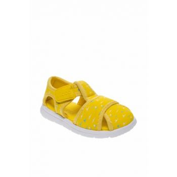 Yellow Girls Sandals 211 333.19Y338P