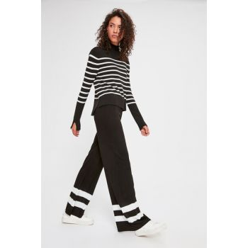 Black Hem Stripe Detail Sweater Trousers TWOAW20YN0007