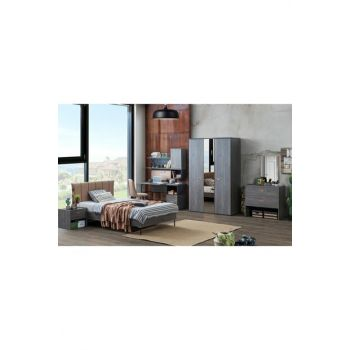 Dynamic Young Room 1463713