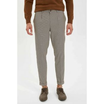 Men's Brown Crop Standard Fit Woven Trousers L6543AZ.19AU.BN94
