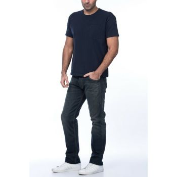 Men's 504 Regular Straight Fit Jean 00504-0131