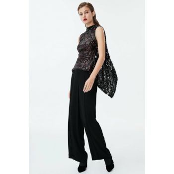 Women Black Trousers IW6180003152