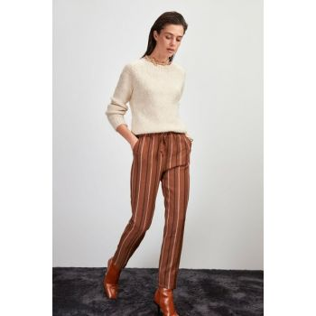 Brown Waist Lace Trousers TWOAW20PL0539