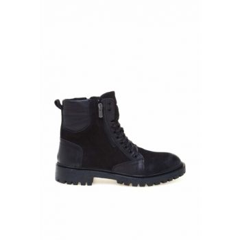 Black Nubuck Men Boots 8K1UB66136