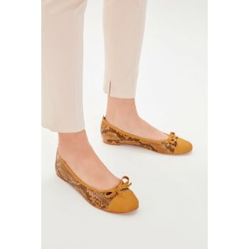 Beige Snake Patterned Women Flats TAKAW20BE0011