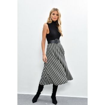 Women's Black-Ecru Crowbar Skirt KSD381