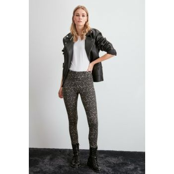 Multi Color Leopard Patterned Knitted Trousers TWOAW20PL0572