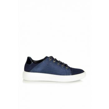 Genuine Leather Navy Blue Men Sneaker 02AYH132070A680