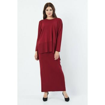 Women's Burgundy Sweater Skirt Set 4146
