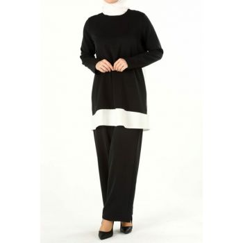 Women's Black-and-White Garnished Set TK80203