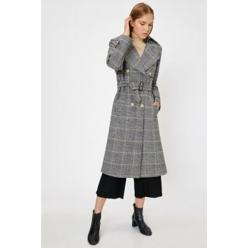 Women's Karma Classic Lapel Button Detailed Pocket Detailed Plaid Coat 0KAK06781EW