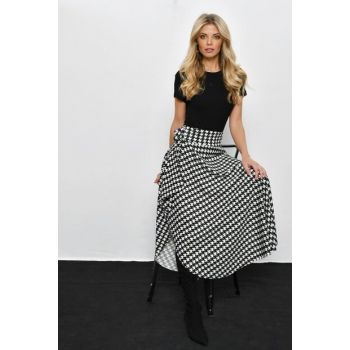 Women's Black-Ecru Crowbar Asymmetrical Skirt LV110