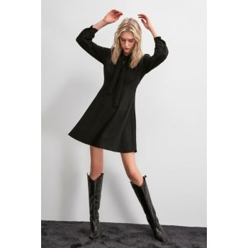 Black Belt Detailed Knitted Dress TWOAW20EL2108
