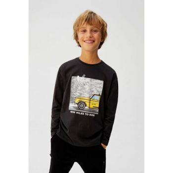 Black Boy T-Shirt with Decorative Applique Pattern 57015919