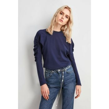 Blue Sleeves Shirred Knitted Blouse TWOAW20BZ1035