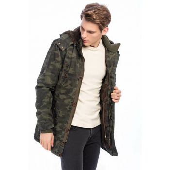 Men's Camouflage Military Removable Hooded Plush Lined Thick Coat 2295