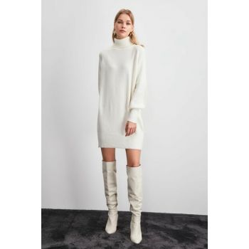 Ecru Turtleneck Sweater Dress TWOAW20EL2237