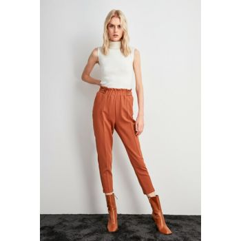 Cinnamon Rubber Detailed Trousers TWOAW20PL0451