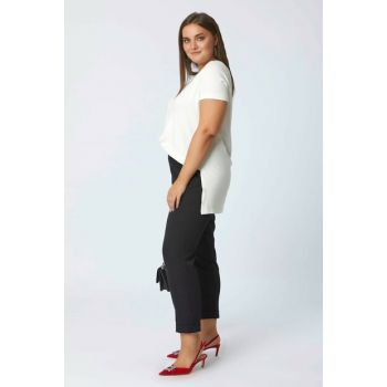 Women Black Trousers Wrist Pants 111112800002