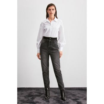 Black Stitched Detailed Super High Waist Mom Jeans TWOAW20JE0270