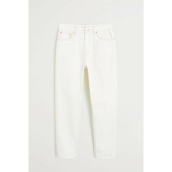 Women's Off White Slim-Fit Mom Jean Pants 53000591