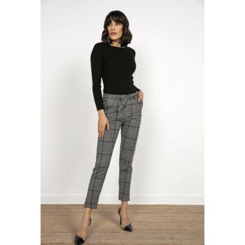 Women Plaid Pattern Belted Pocket Stamp Pants Black S-20K2220033