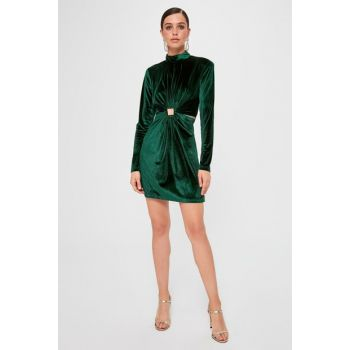 Emerald Green Accessory Detailed Velvet Dress TPRAW20EL1428