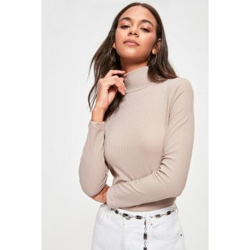 Beige Stand Collar Knitted Blouse TWOAW20BZ1002