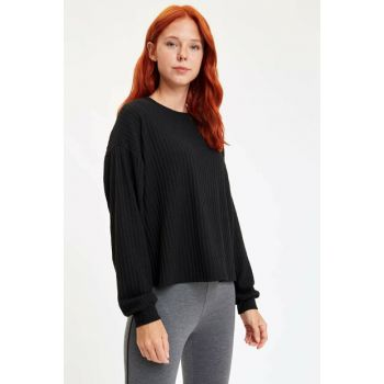 Women's Black Low Shoulder Long Sleeve T-Shirt M3840AZ.19WN.BK27