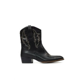 Women's Black Boots & Bootie 01BOY172030A100