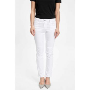Women's White Carmela Straight Fit Trousers J8754AZ.19SP.WT34