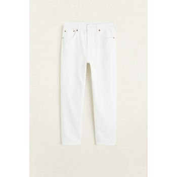 Women's White Slim-fit Mom Jean Trousers 53000591