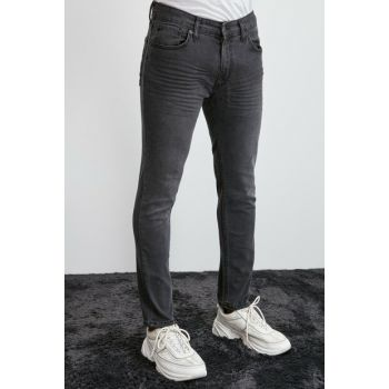 Black Men's Crash Tapered Jeans TMNAW20JE0324