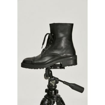 Women's Black Boots & Bootie